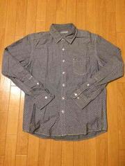 GU ジーユー シンプルドット柄長袖シャツ カジュアル好きに!