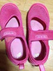 ニューバランス  21センチ ピンク
