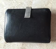 PRADAプラダ☆二つ折り黒財布