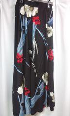 新品同様花柄鮮やかなロング巻きスカートW63〜72�p(G153
