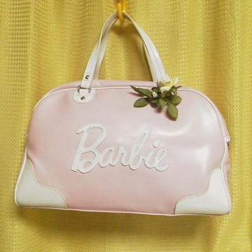 モバオクで買える「激レア★Barbie/バービー★【入手困難】ボストンバッグ(ピンク姫系/セレブ」の画像です。価格は38,500円になります。