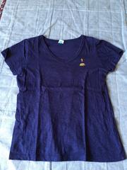 ロキシー!Vネック!ワンポイント刺繍半袖TシャツLサイズ美品