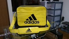 adidas  ショルダー   黒×黄