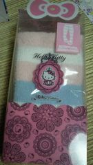 新品ハローキティふわふわハイソックス定価1995円
