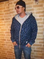 【リバーシブルです】TOMMYトミーフルジップパーカー青ヒョウ柄×グレーXL♪