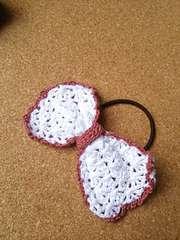 手編み リボンの髪飾り
