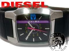 良品 1スタ★DIESEL ディーゼル【男女OK】ベルト一体型腕時計