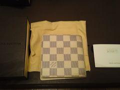 ルイヴィトンLOUIS VUITTONアズール小銭入れ付き財布N60018