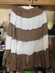 ウエストゴム白茶ロングフレア裾に花柄刺繍