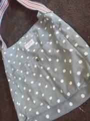 Cath Kidstonキャスキッドソン水色に白の水玉ショルダーバック