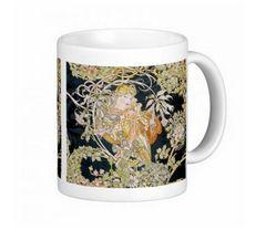 ミュシャ『 ヒナギクを持つ女性 』のマグカップ