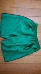 緑色の半ズボン【140�a】