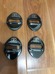 トヨタ  ひし形 ブラック ドアストライカーカバー  4個