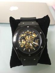 HUBLOT好きにオススメ!!腕時計 機械式 高級腕時計 ブラック!