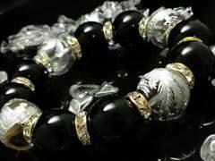 手彫り銀四神獣水晶xオニキス金ロンデル数珠