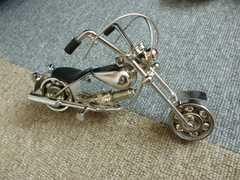 オートバイ 銀