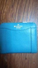 二つ折り財布水色