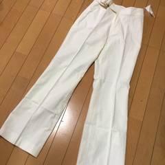 新品◆フェリシモ◆スタイルパンツ◆W64オフホワイト綿麻