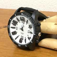 ★腕時計★レディースメンズ大文字ラバーウォッチ★白★