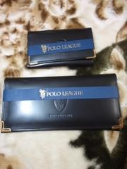 新品の財布とカードケースのセット