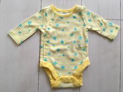 新品ベビーギャップGAPボディロンパース新生児肌着男女星スター黄色イエロー