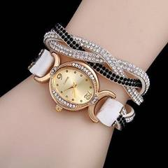 1コイン出品★超人気ラインストーン付皮ブレスレット腕時計白
