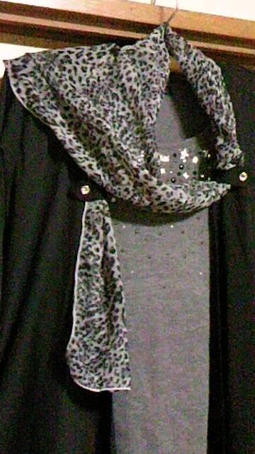 ★新品★アンサンブル3点★ブラック/グレー&スカーフ★一点のみ! < 女性ファッションの