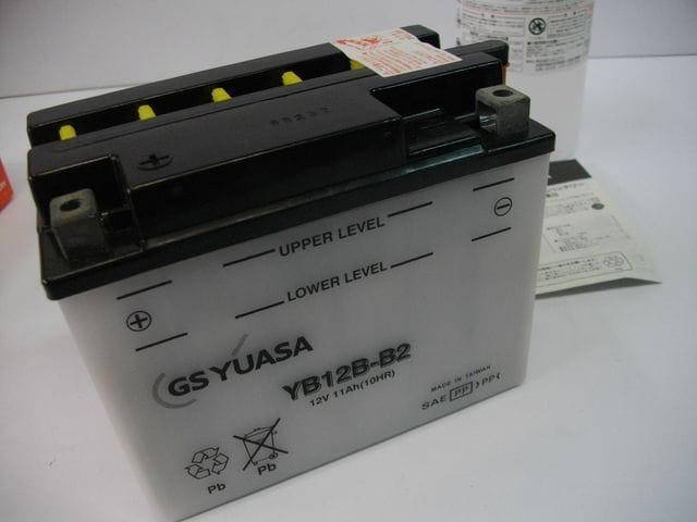 (928)GSX250EゴキGSX400Eゴキ用ユアサ製高品質バッテリー新品 < 自動車/バイク
