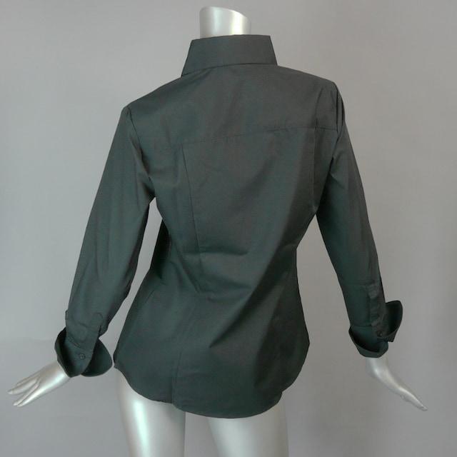【新品・9号】スーツのインナーにも!着回し抜群!送料180円 < 女性ファッションの