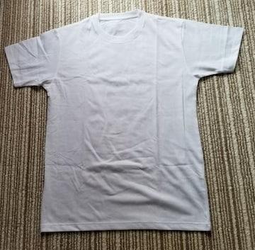 ユニクロ(UNIQLO)白シンプルTシャツ 新品未使用