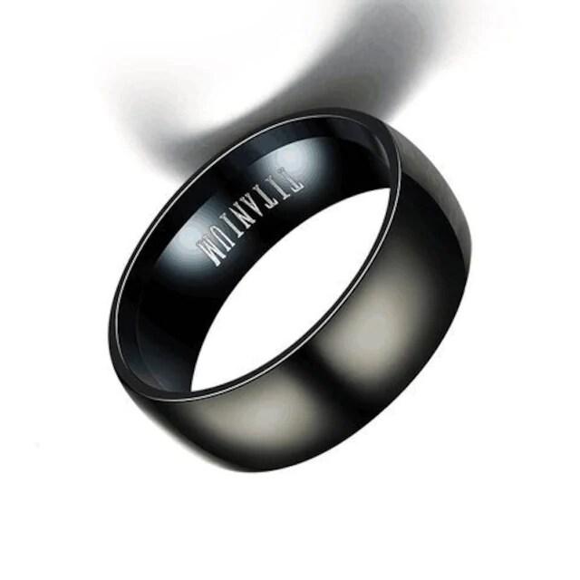超お買い時490円★ メンズ チタン欧米スタイルリング 16号黒 < 男性アクセサリー/時計の