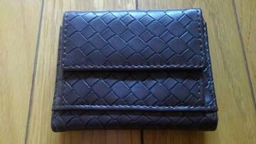 かさばらず使い勝手の良い3つ折り財布(^_^)v