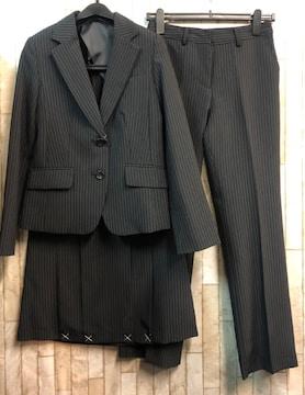 新品☆9号♪黒×ストライプ系スーツ3点setスカート・パンツ☆n936