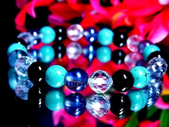 ターコイズ§オニキス§ダイヤカット水晶§ブルーオーラ§8ミリ < 女性アクセサリー/時計の