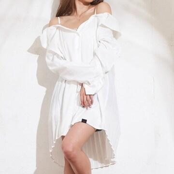 新品タグ付★ダチュラ★バックプリーツエロシャツ ホワイト/F 未開封 DaTuRa