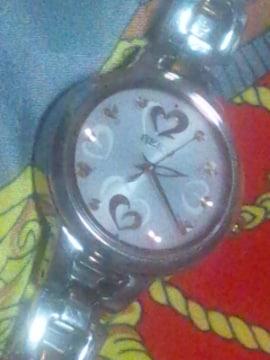 SEIKOソーラー電波腕時計レディースピンク可愛いハート稼働品