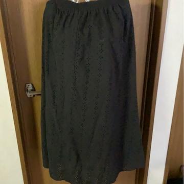 GU★黒ロングスカート★パンチング花柄スカート★サイズ  XL
