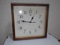 新品未使用★木製フレーム掛け時計★木目調ブラウン
