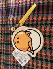 サンリオ オンライン福袋 ぐでたまコードリール付きパスケース