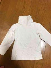 真っ白長袖Tシャツ。タートルネック100cm