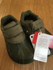 新品!未使用!クロックス 運動靴 17 17.5cm