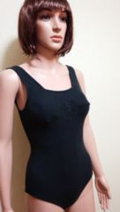 胸元刺繍が可愛い水着927☆3点で即落☆