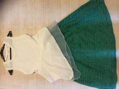 #コーデ白シフォンノースリ/イーハイフン緑スカート新品値下げ