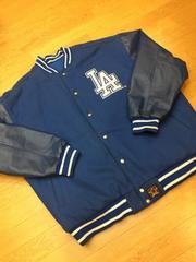 MLB  ドジャース  袖本革リバーシブルスタジャンsize4XL  used美品