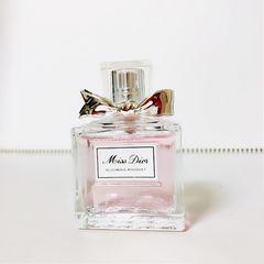 ミスディオール ブルーミングブーケ 50ml  香水 Dior EDT