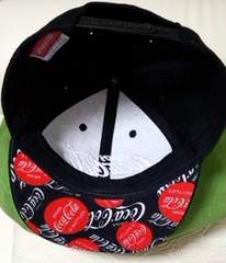 新品 売り切れ完売品 コカコーラーキャップlogo刺繍帽子 black