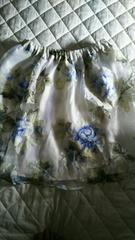 白花柄スカート