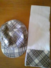 新品タグナシ帽子マフラーのセットお揃い。子供用2点セット。雪