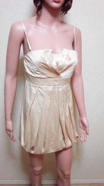未使用品★キャバ系★SOIRRE★光沢プリーツのドレス★3点で即落  < 女性ファッションの
