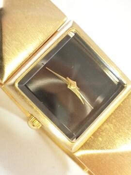 8216/LOVERSBLACKゴールド&ブラックのブレスレット型デザインレディース腕時計